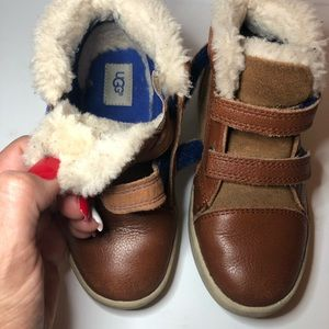 57f08cde66d UGGs Size 11 toddler Brown Leather